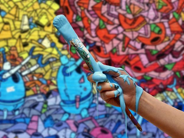 ruka od barvy